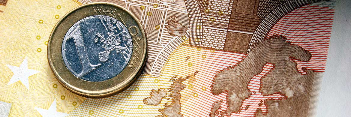 Currency Newscontroversial Italian Budget Proposal Weighs On Euro Exchange Rates